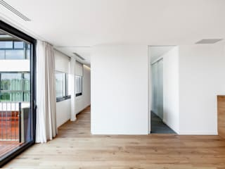 HOUSE FOR A MUSICIAN AND A DANCER Dormitorios de estilo moderno de Alex Gasca, architects. Moderno