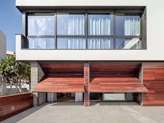 HOUSE FOR A MUSICIAN AND A DANCER Casas de estilo moderno de Alex Gasca, architects. Moderno