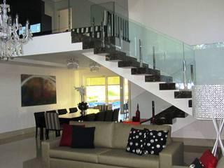 Sandra Kátia Junqueira Moderne Wohnzimmer