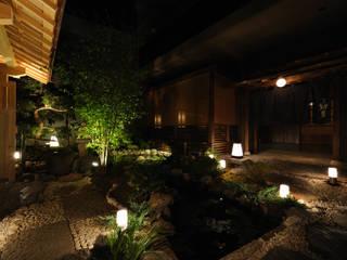 馳走 紺屋 アジア風レストラン の 中川デザイン事務所 和風