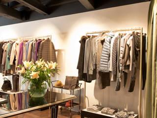 Bastia Fuori Shop Andrea Gaio Design Eclectic style offices & stores