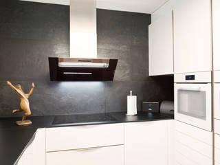Kleine Küche kommt groß raus Moderne Küchen von inpuncto Küchen Schweiz GmbH Modern