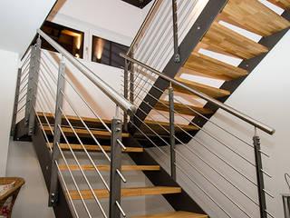 Couloir et hall d'entrée de style  par Hauptvogel & Schütt Planungsgruppe, Moderne