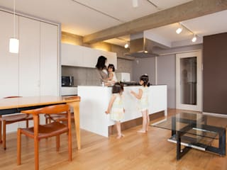 Industrial style kitchen by 株式会社インテックス Industrial