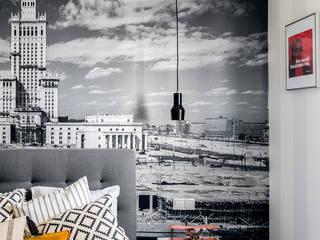 Ayuko Studio Dormitorios de estilo moderno Gris