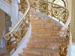 Перила на заказ из натурального дерева: Прихожая, коридор и лестницы в . Автор – Ника-Фаворит