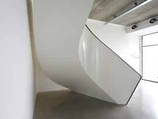 EeSoffit by EeStairs® EeStairs | Stairs and balustrades Minimalist corridor, hallway & stairs