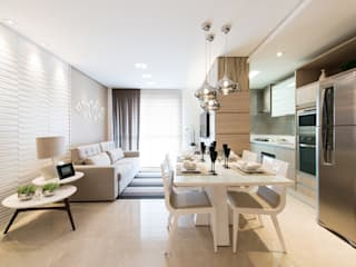 Salas modernas de TRÍADE ARQUITETURA Moderno
