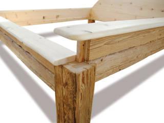 Metallfreie Schlafzimmer Ideen aus Zirbelkiefer und Altholz:   von Altholz-Ideen