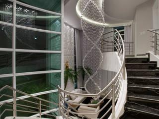 Pasillos y vestíbulos de estilo  de Arquiteto Aquiles Nícolas Kílaris, Moderno Mármol