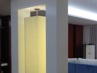 Salon moderne par Método-Arquitectura & Decoração Moderne