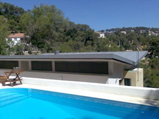 Piscinas de estilo moderno de Oleb Arquitectura & Interiorismo Moderno