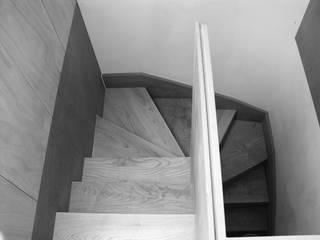 Fotos 01 tendenza - diseño de interiores Pasillos, vestíbulos y escaleras de estilo moderno