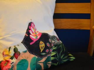 Housse de coussin tropicale Corcovado :  de style  par BrasiYou