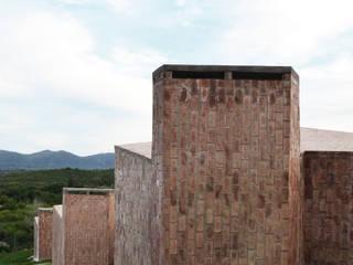 El Mangaleta by Marco Rampulla: Hoteles de estilo  por MATTIUZ LOZANO