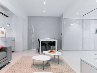 Chiralt Arquitectos Minimalist dining room