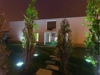 Moradia MC: Casas  por RDLM Arquitectos associados,Moderno