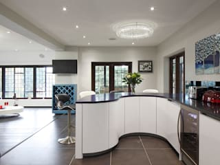 Luxury Modern Cottage Buckinghamshire Quirke McNamara Modern kitchen White