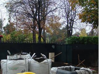 GARTEN BLACK & WHITE Moderner Garten von Ecologic City Garden - Paul Marie Creation Modern