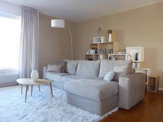 homify Modern living room Wood Beige