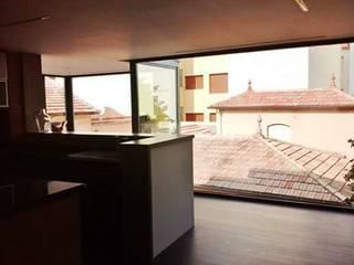 Casa de los Cristales:  de estilo  de IC & AIR ·Arquitectura ·Interiorismo ·Reformas
