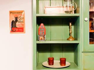 Muebles de cocina de Miulas Mobles Rústico