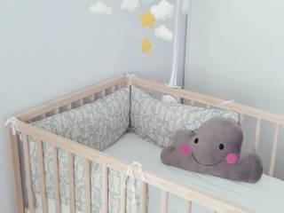 Coussin nuage kawaii pour chambre d'enfant par Funky Sunday Éclectique