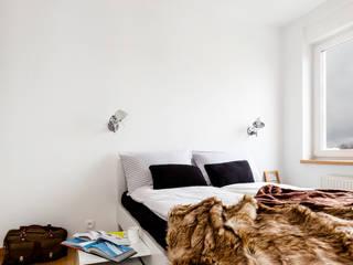 Ayuko Studio Dormitorios de estilo escandinavo Blanco