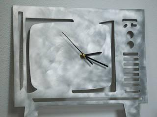 R.Ely Design ArtworkOther artistic objects Aluminium/Zinc Metallic/Silver