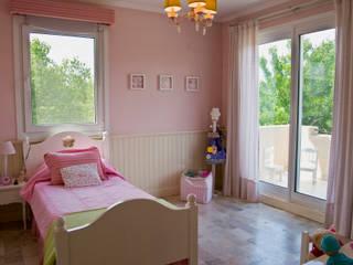 Clásicos Detalles Dormitorios infantiles clásicos de LLACAY arquitectos Clásico