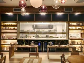 Restoran oleh Maria Claudia Faro, Rustic