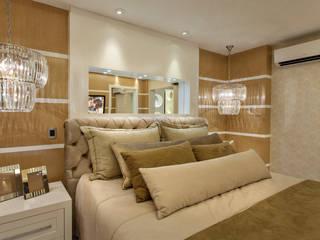 Apartamento Palazzo: Quartos  por Designer de Interiores e Paisagista Iara Kílaris,Moderno