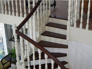 Savoir-Faire Couloir, entrée, escaliers modernes par Kolb Décoration Moderne