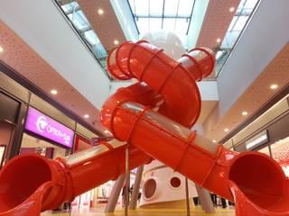 Auchan Alfragide: Centros comerciais  por Play Planet