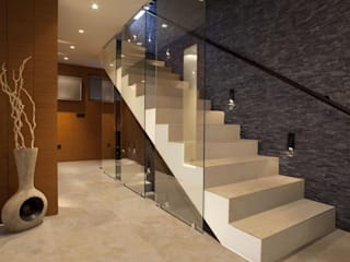 من Fade Marble & Travertine حداثي