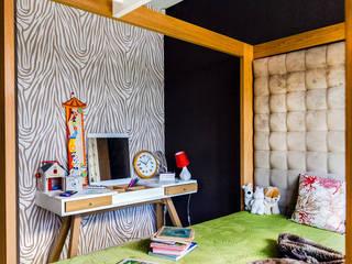Ayuko Studio Dormitorios de estilo colonial