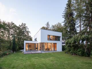 Modern garage/shed by homify Modern