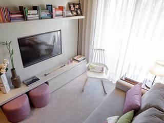 Susana Camelo 现代客厅設計點子、靈感 & 圖片 Pink