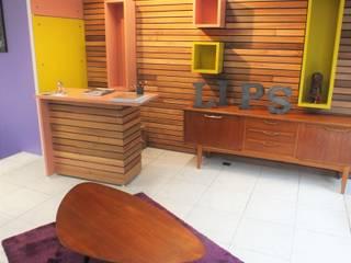 Aménagement d'un Salon de Coiffure - Metamorphose: Espaces commerciaux de style  par Hom(m)eDesign