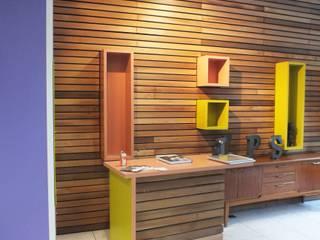 Aménagement d'un Salon de Coiffure - Metamorphose:  de style  par Hom(m)eDesign