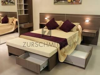 Recámaras de estilo  por Zurschmitten