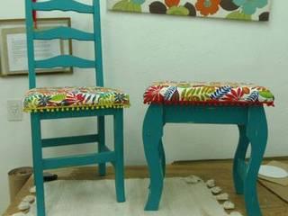 Sillas y bancos de diseño:  de estilo  por Cuchita bacana