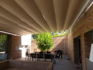 Tendals Egara Balcones y terrazas mediterráneos Aluminio/Cinc Beige