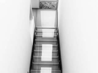 Rixensart 2011: Couloir et hall d'entrée de style  par ATELIER D'ARCHITECTURE ETIENNE BLAVE sprl