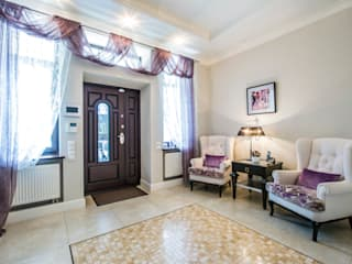 Pasillos, vestíbulos y escaleras de estilo clásico de LUXER DESIGN Clásico