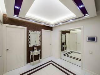Pasillos, vestíbulos y escaleras de estilo minimalista de LUXER DESIGN Minimalista