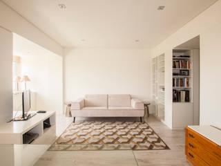 Sala: Salas de estar modernas por Landmark Arquitectos