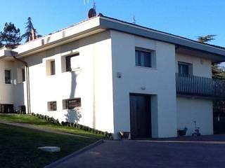 Simona Muzzi Architetto Casas de estilo moderno