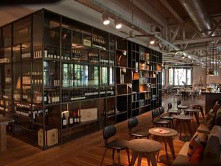BAR TOMATE Diseño Integral En Madera S.A de C.V. Vestíbulos, pasillos y escalerasAccesorios y decoración
