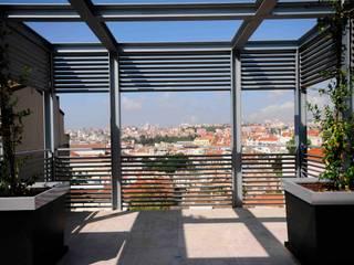 CONVENTO DOS INGLESINHOS Varandas, marquises e terraços modernos por armazem de arquitectura Moderno